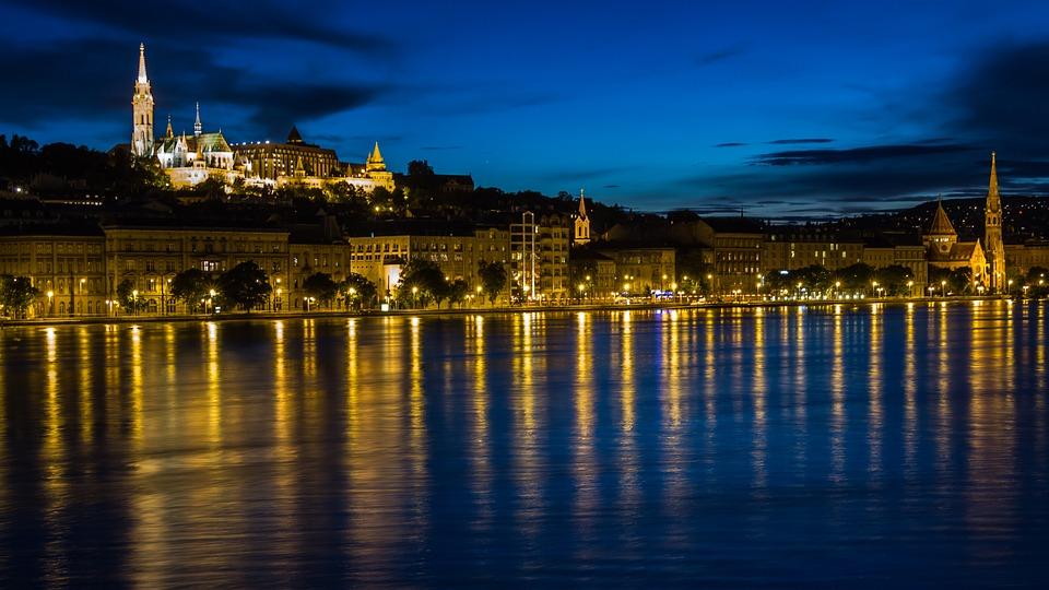 La Budapesta cu Fortuna Tickets